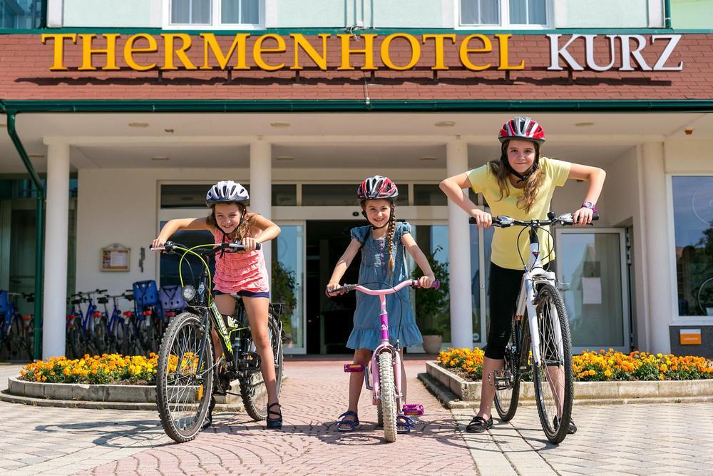 thermen-und-familien-hotel-kurz-therme-lutzmannsburg-09.jpg