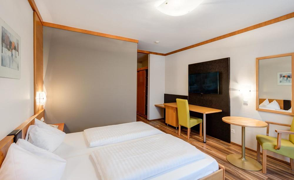 kurz-sporthotel-oberpullendorf-hotel-09.jpg