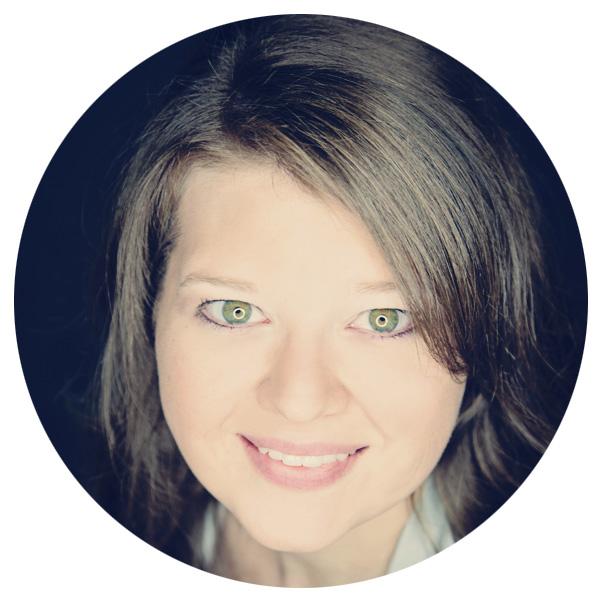 Denise Lamer: master nail technician