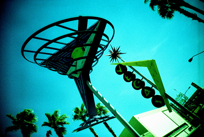 VegasLomo2_0027.jpg