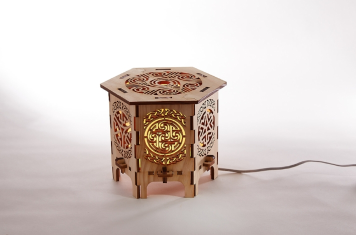 Celtic Tabletop Lamp ...