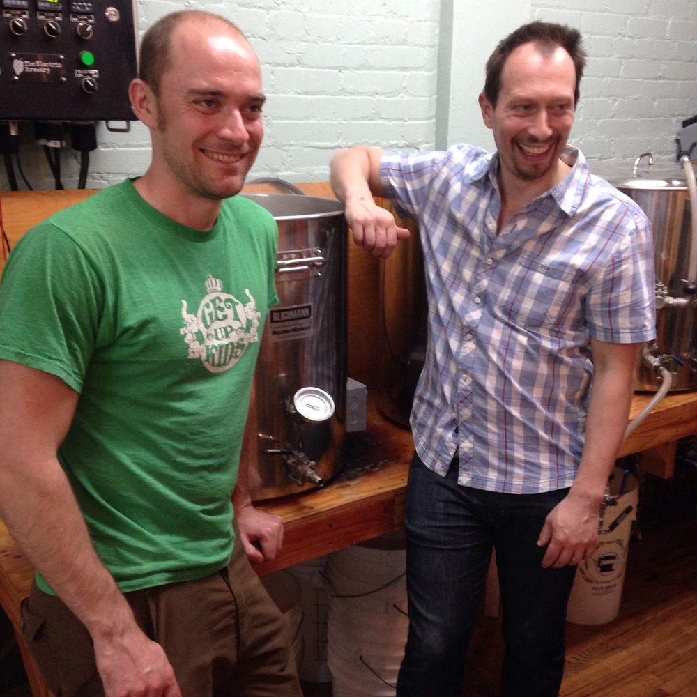 Marcus Lutter (l.) of Sixpoint and Jason Gers (r.)