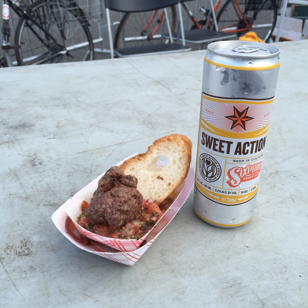 A Sixpoint Sweet Action with some Albondigas.