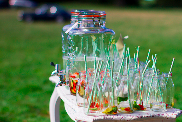 Outdoor ceremony drinks by Fiesta Fields