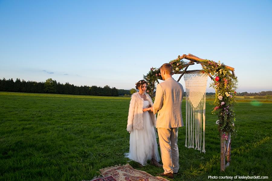 Lesley-Burdett-fiesta-fields-outdoor-ceremony.jpg