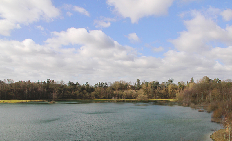 Buckland-park-lake-fiesta-fields.jpg