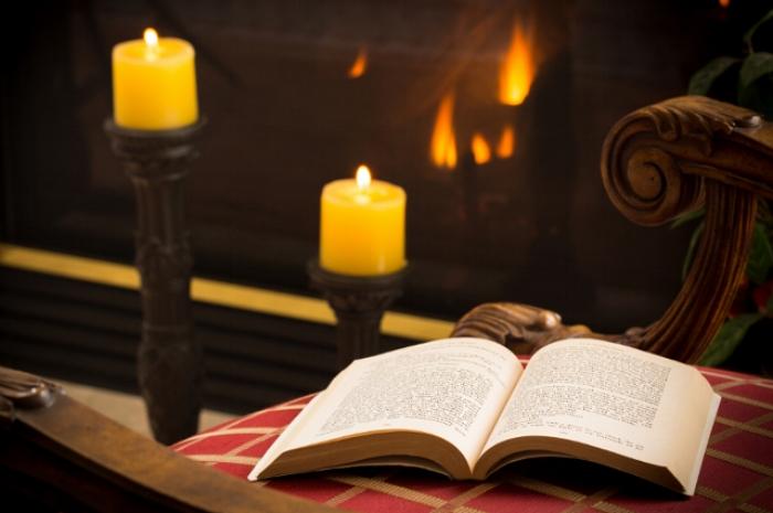 171205_winter_books_lg.jpg