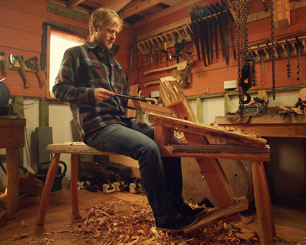 Shaving with a drawknife and a shaving horse (or coopers mare)