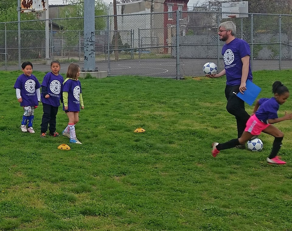 KID AND TOT SOCCER - TOTS: Born Jan 2014 - June 2015 . Saturdays 10-11AM                *play starts Apr 28              KIDS: Born 2011-2013                               Saturdays 10-11:15AM         Intramural and rec soccer options    Fun games, skills building, family involvement is encouraged!
