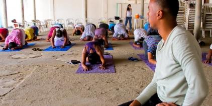 Dunna-Yoga-IMG_0174-522x261.jpg