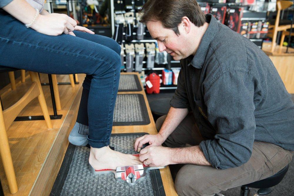 measuring foot.jpg