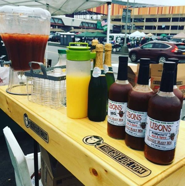 tailgate joe bloody mary station.jpg