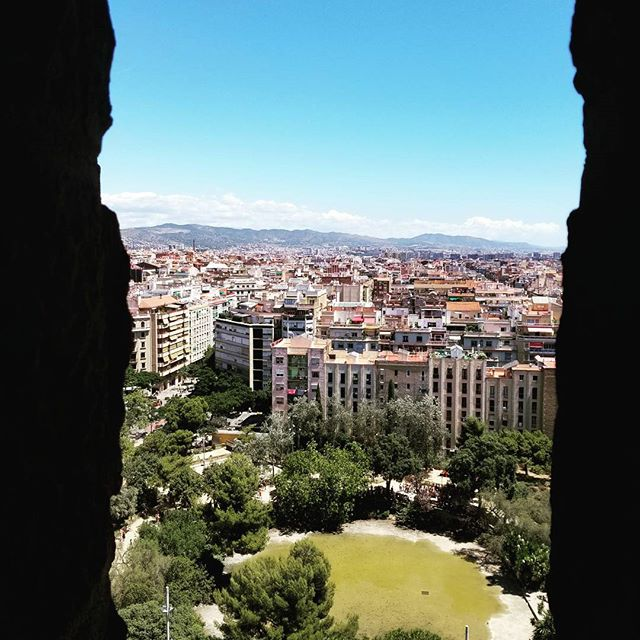 We are blessed with a visit to the beautiful city of Barcelona.