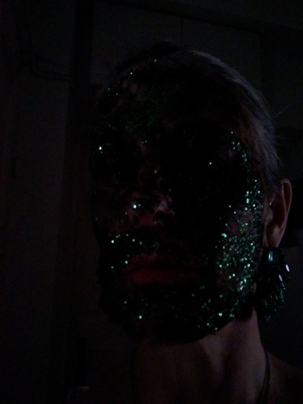 glitter soil face test_03.jpeg