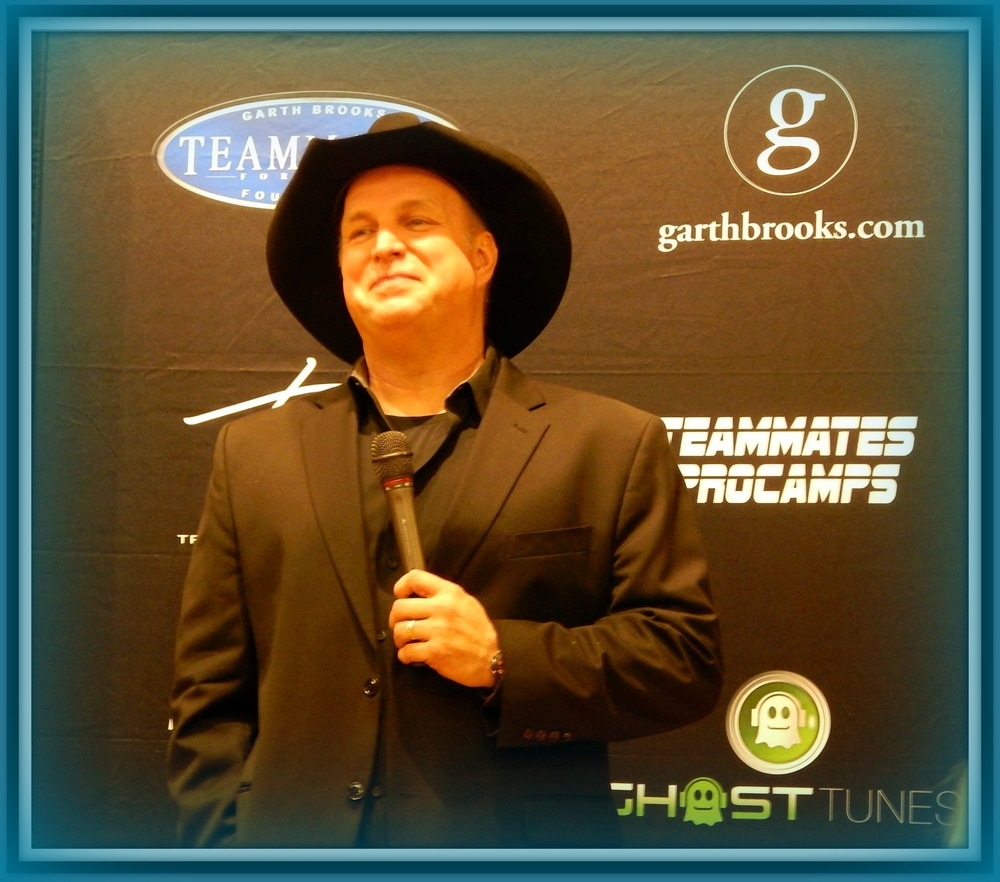 Garth Brooks - Press conference in Denver Colorado 3-18-2015