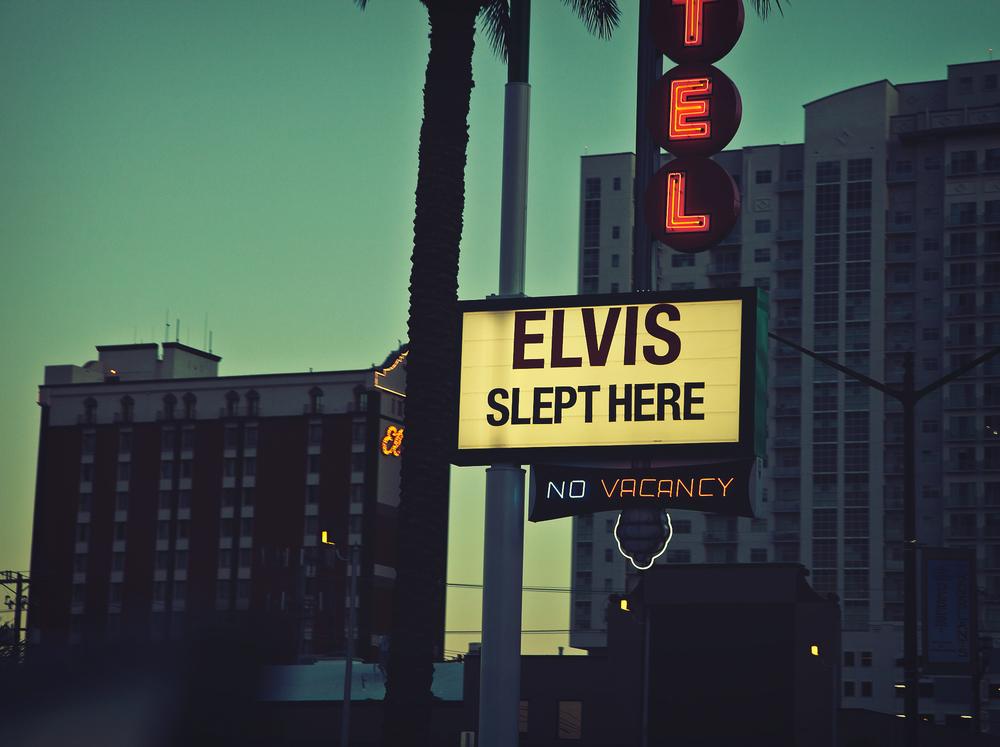 Rosie_Cohe_Travel_Vegas_01.jpg