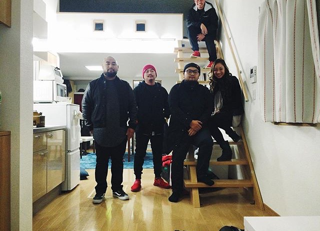 A bitter sweet photo of us in our Japan loft, big thanks to Jay. Jay, thank you so much for being such a kind person and very genuine about it too. Cuz I think nice people are fake lol.