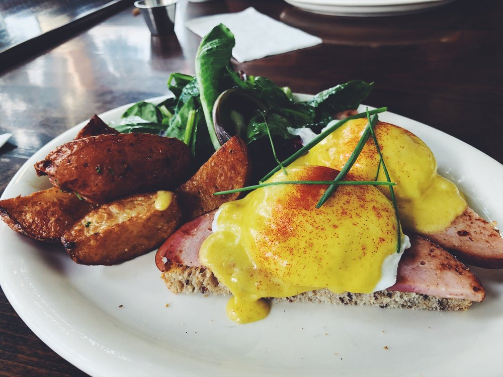 I always get the Eggs Benedict everywhere I go.