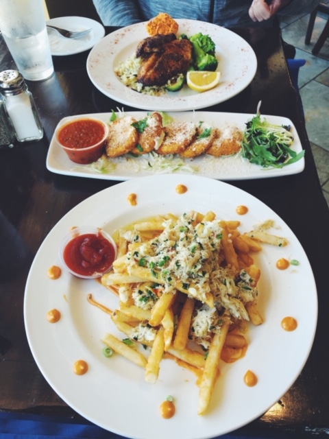 Dungeness Crab Fries, Fried Mozzarella, and Blackened fish (forgot what kind).
