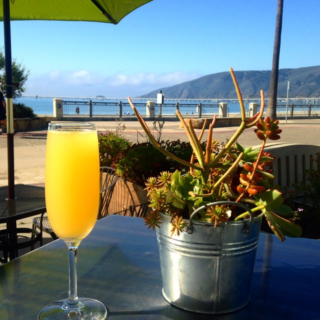 Happy Sunday from all of us here at PierFront! We are celebrating with $6 mimosas all day long! #pierfront #mimosas #cheers #avilabeach