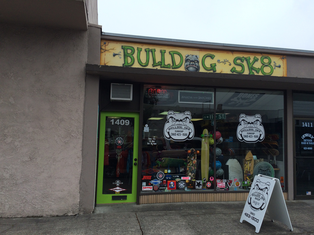 Bull Dog Sk8 Shop store front