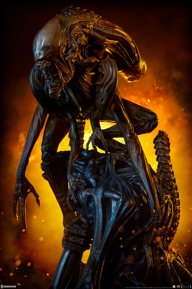 pio-paulo-santana-alien-warrior-mythos-maquette-sideshow-400317-01.jpg