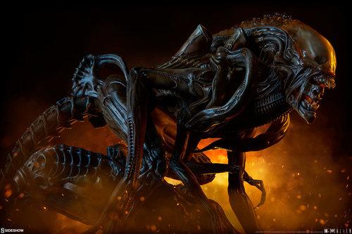 pio-paulo-santana-alien-warrior-mythos-maquette-sideshow-400317-03.jpg