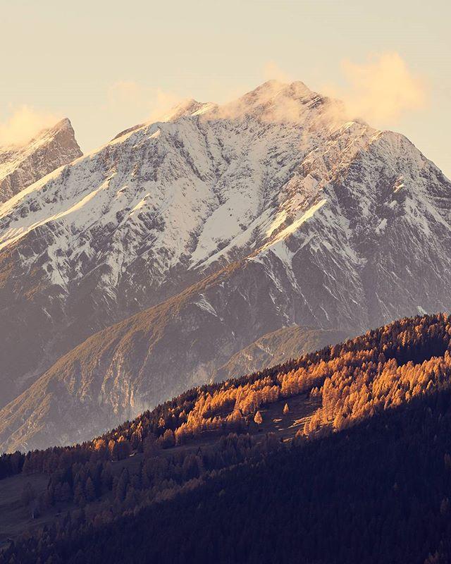 #lechtaleralpen #alps #goldenhour #fall #larches #hiking #neverstopexploring #tirol #visittirol #visitaustria