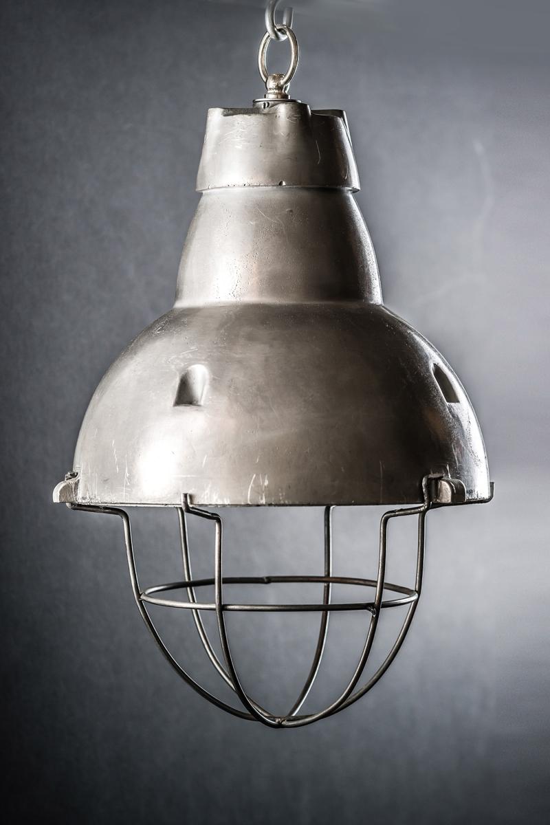 Heat Lamp_03.jpg