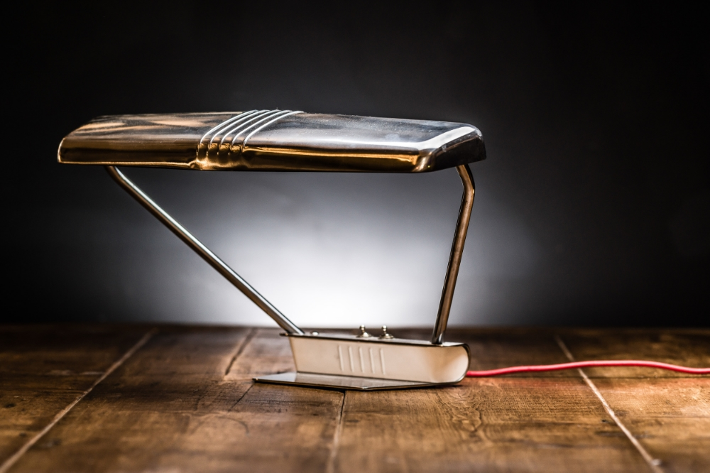 1950s NYPD Desk Lamp 01.jpg