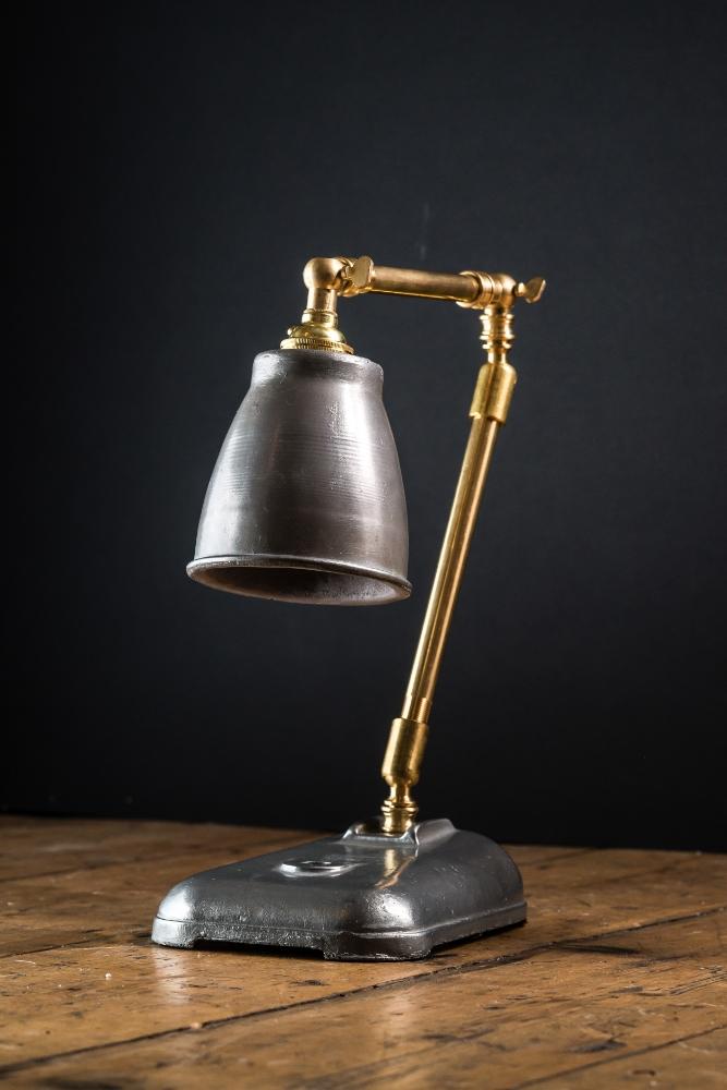 Felix Original Freddie Desk Lamp 04.jpg