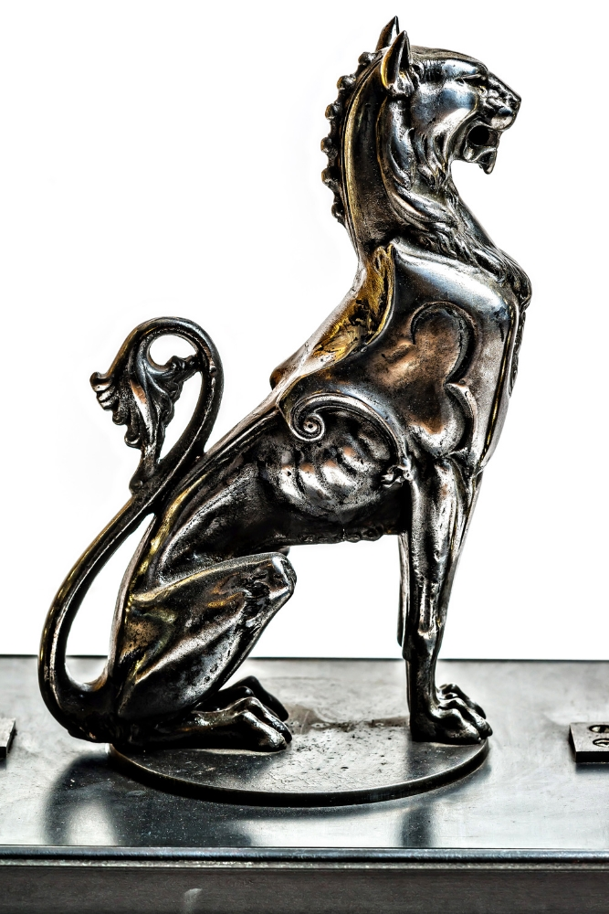 Antique Handmade Iron Griffin LED Bookends 02.jpg