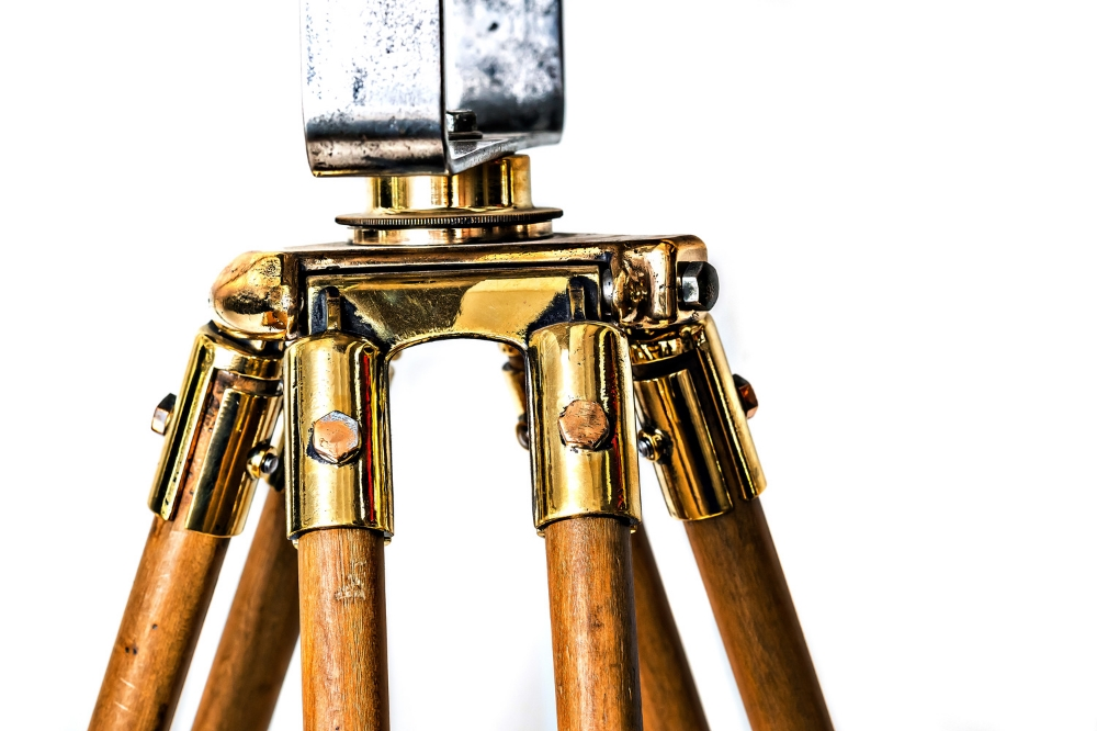 1940's French Film Light Tripod Lamp 04.jpg