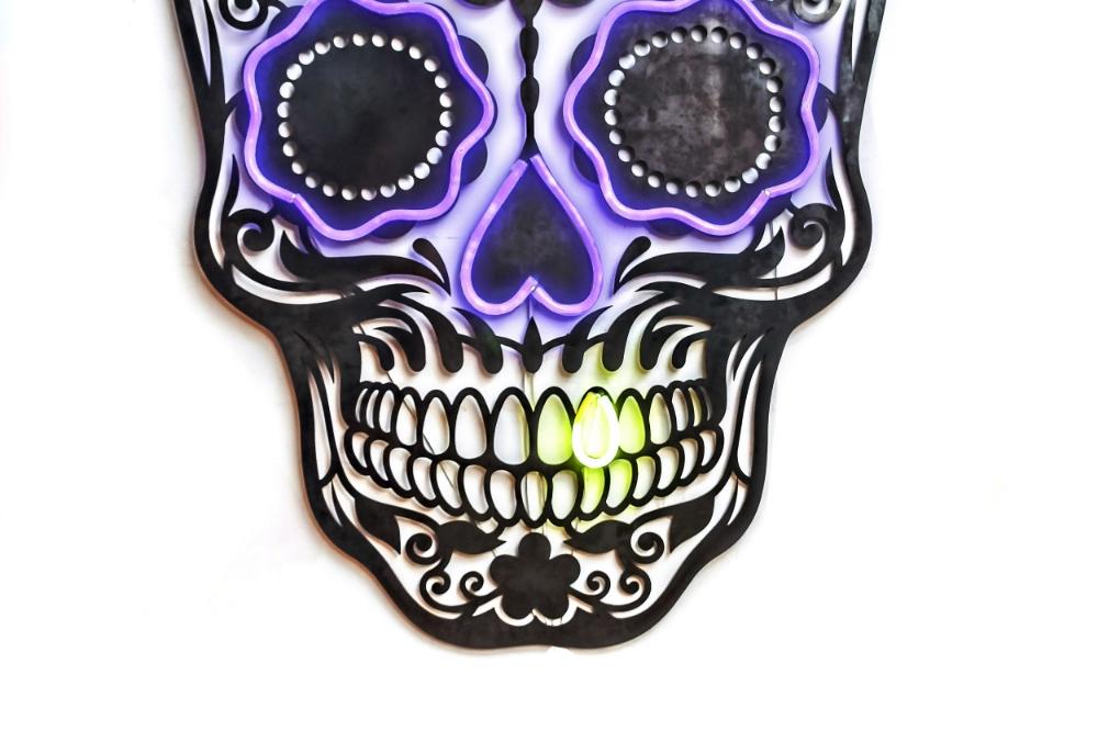 Laser Cut Skull with Neon 02.jpg
