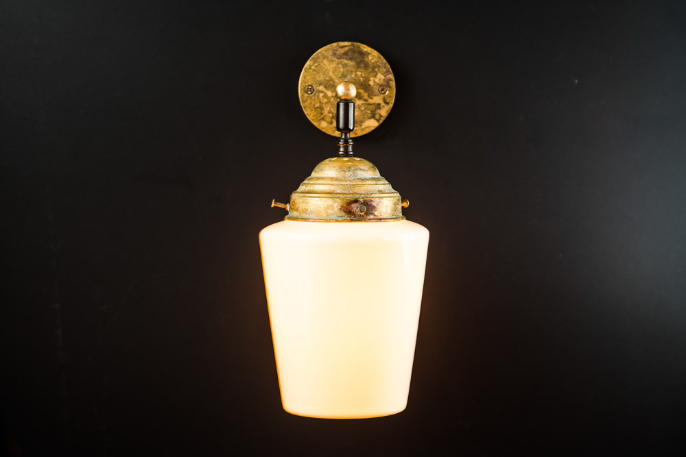 Felix Original bone china and aged brass wall light05.jpg
