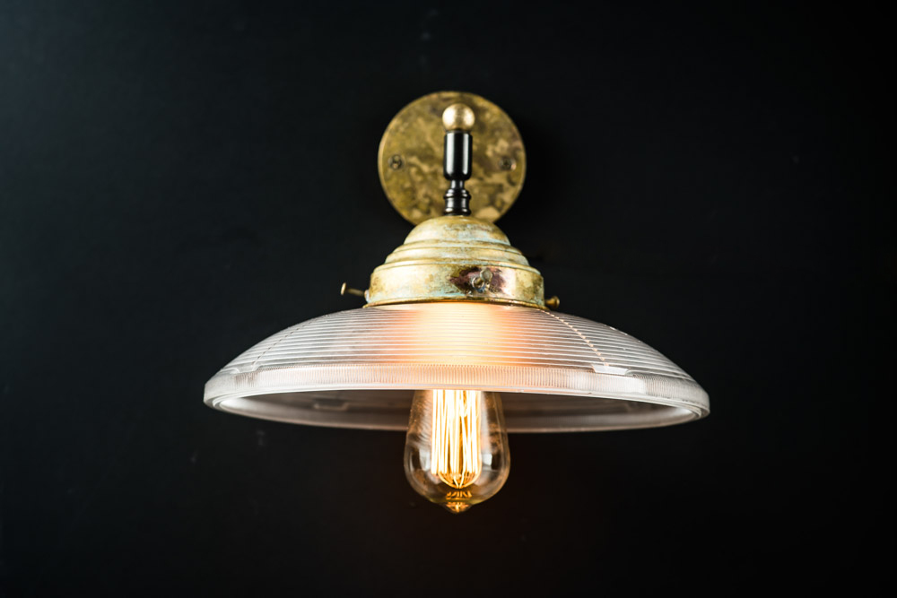 Vintage holophane and aged brass wall light02.jpg