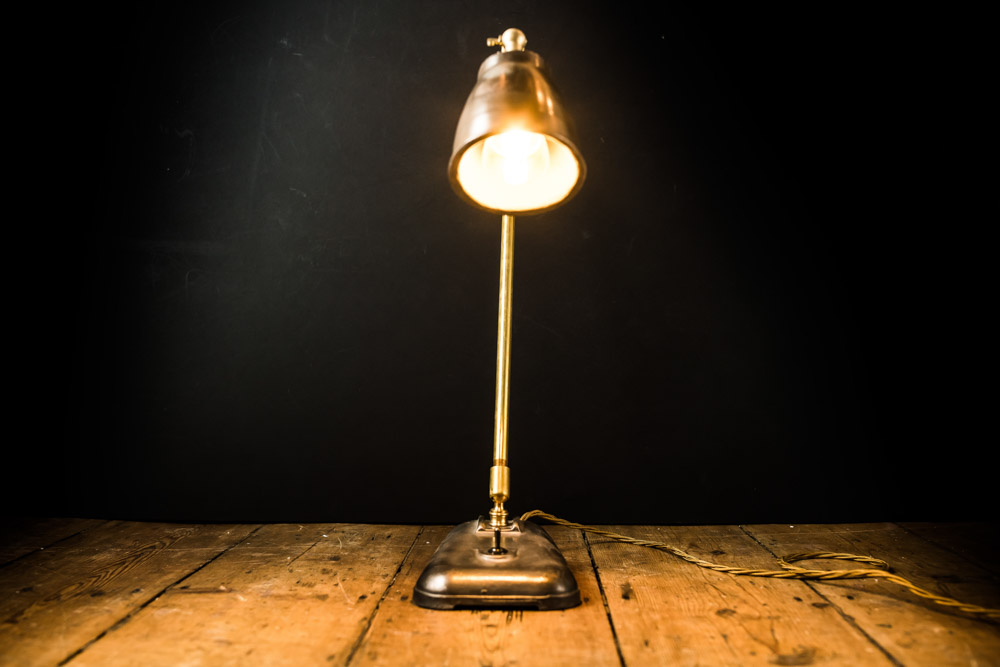 Felix Original tall Freddie desk lamp02.jpg