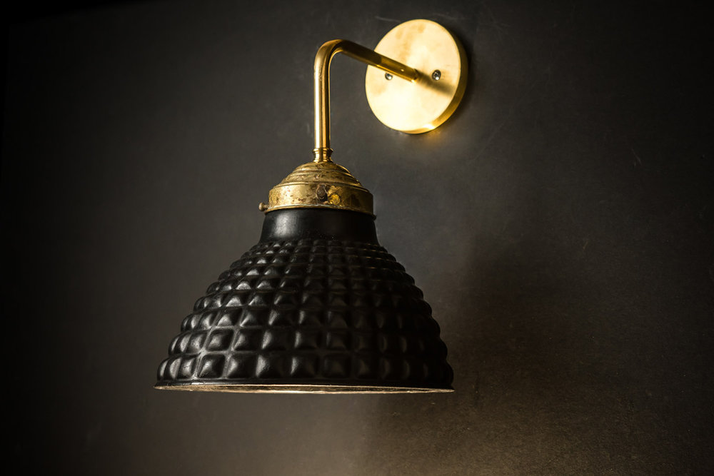 Felix Original Vulcan Black Stone Georay Wall Light03.jpg