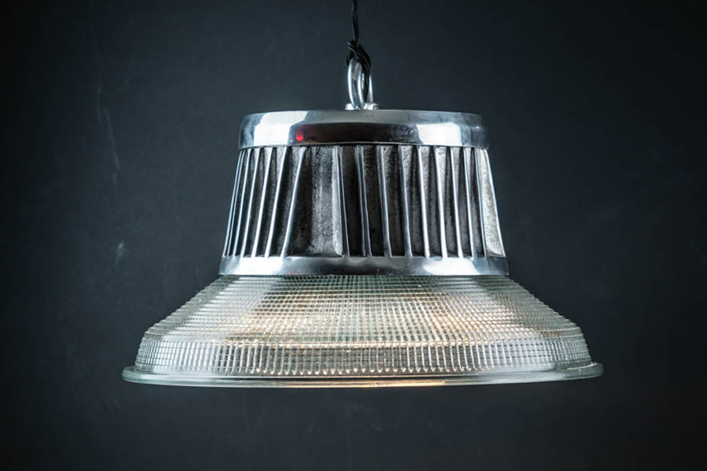 INDUSTRIAL_STEEL_AND_HOLOPHANE_PENDANT.jpg