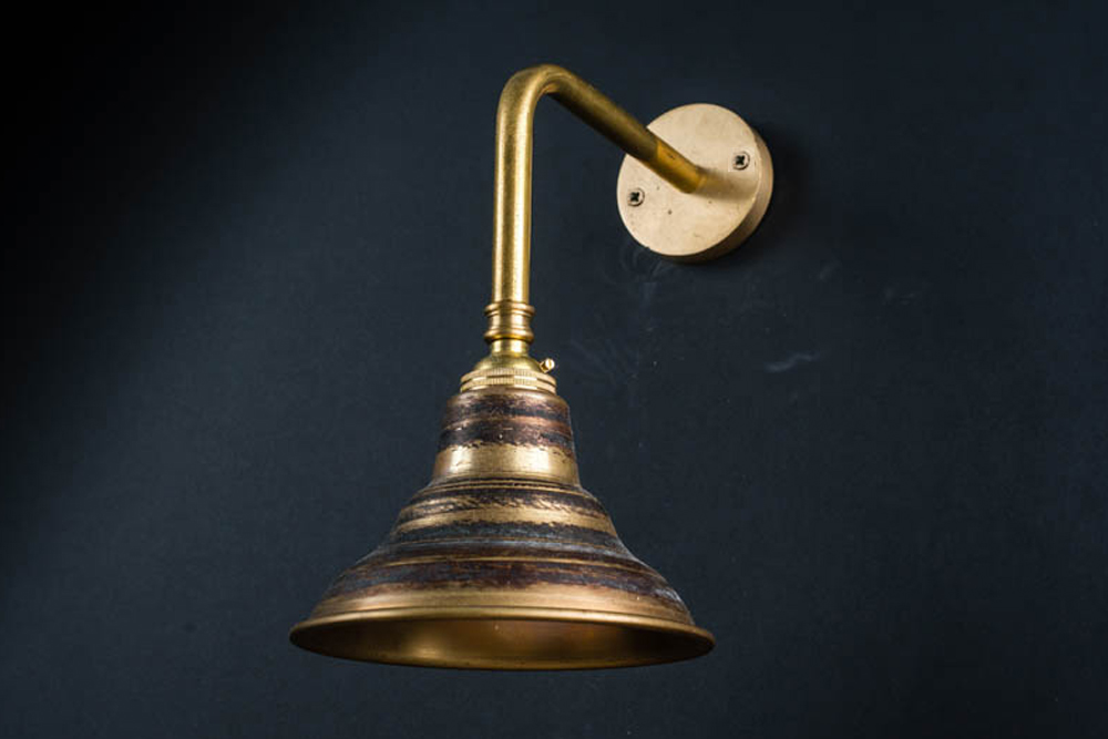 Raw brass wall light 02.jpg