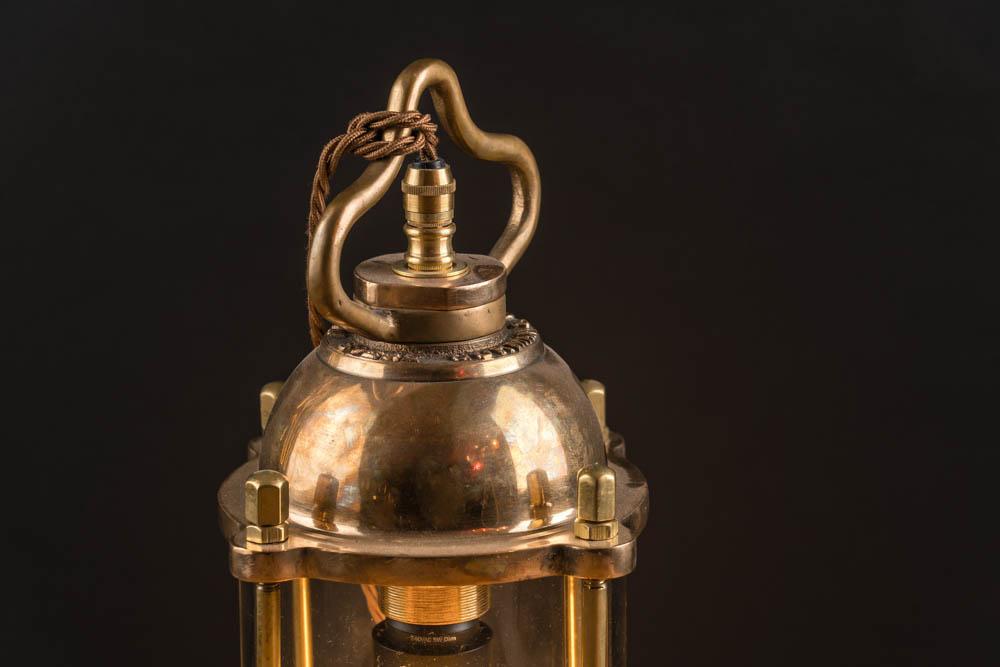 Vintage diving lantern 03.jpg
