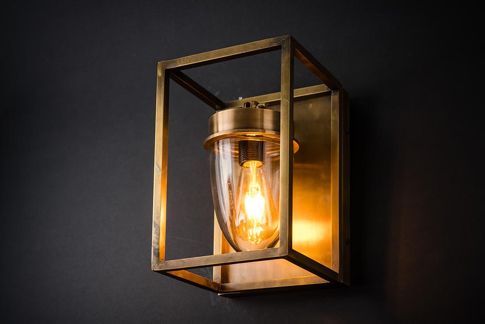 Frame exterior brass wall light 02.jpg