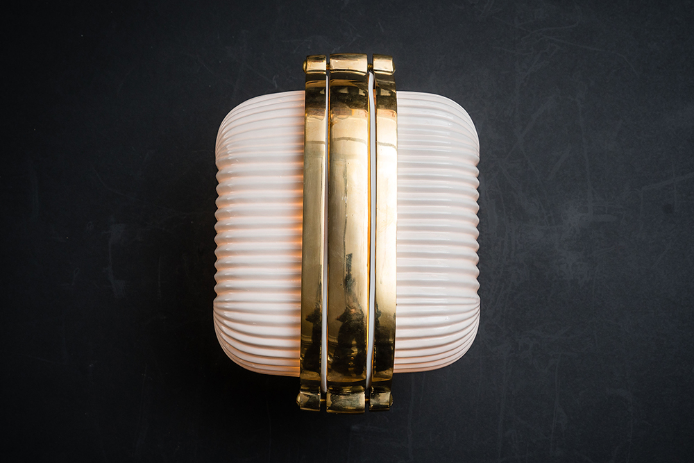 Henley brass and bone china wall light 03.jpg