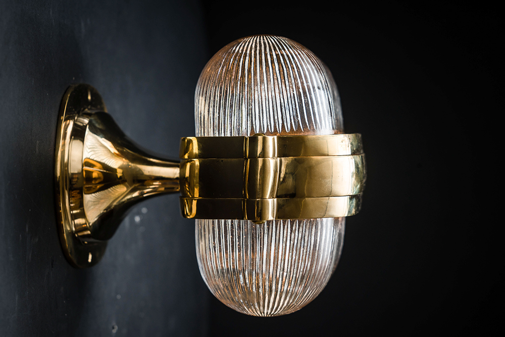 Henley brass and prismatic glass wall light 03.jpg