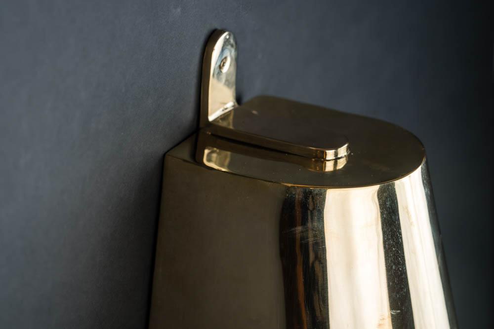 brass mast light 02.jpg
