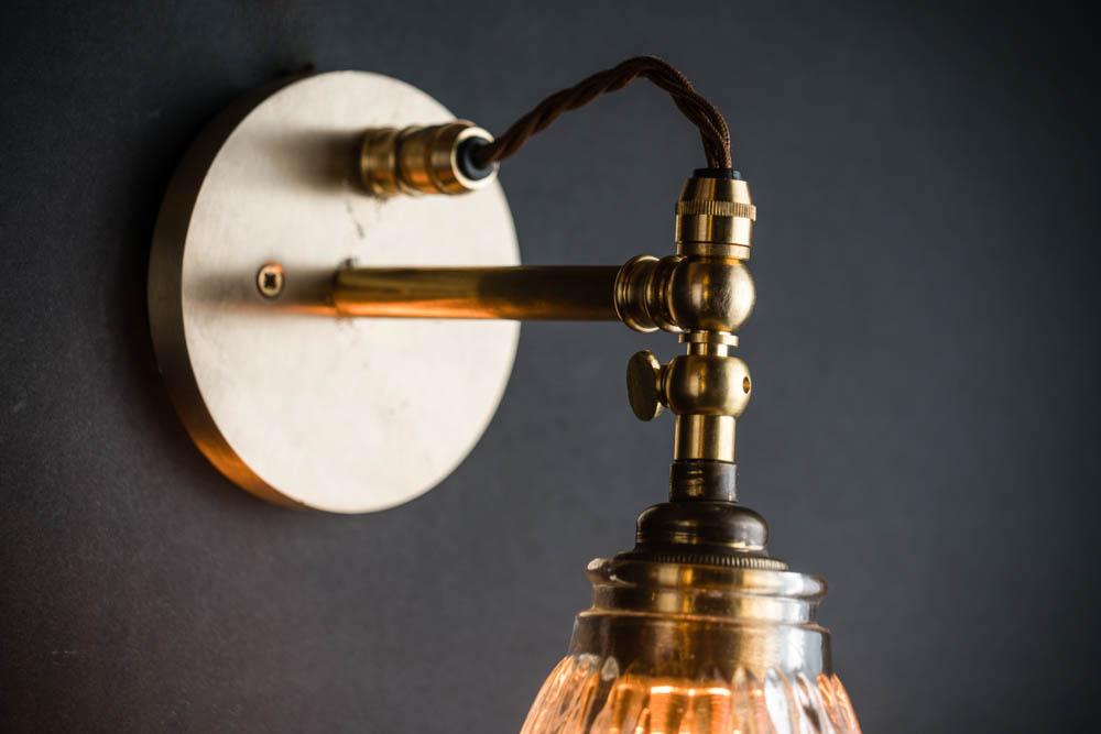 Lancaster wall light 03.jpg