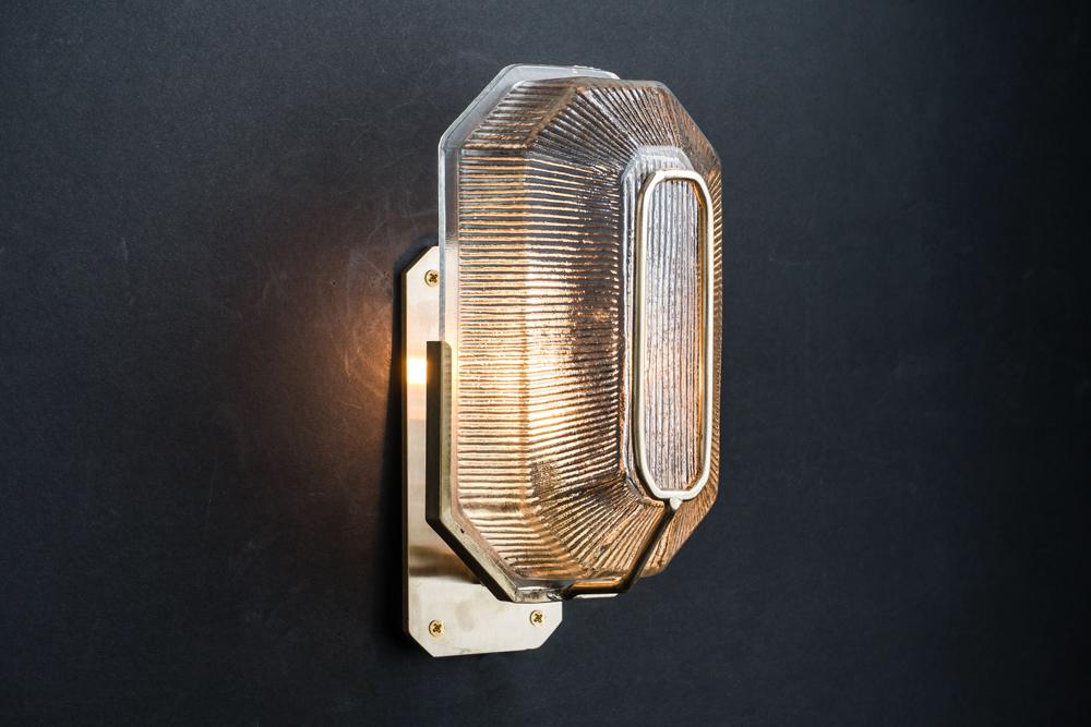 Octagonal prismatic glass and brass wall light 02.jpg