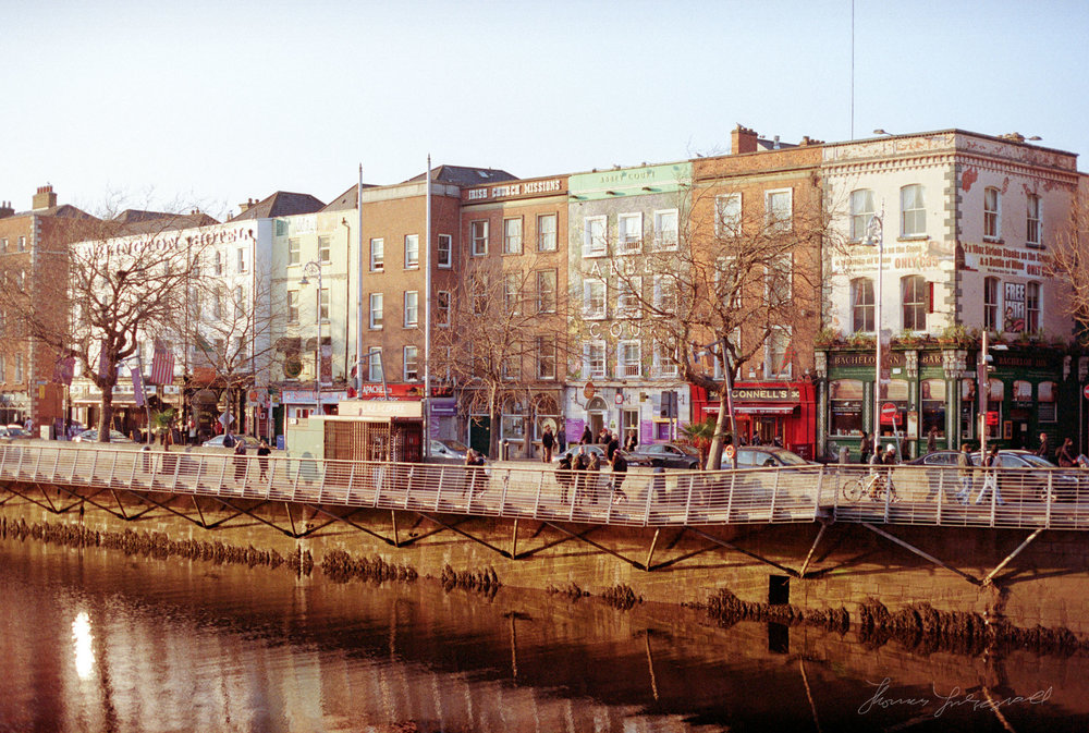 The Banks of the river Liffey in Dublin - Streets of Dublin - Colour Film