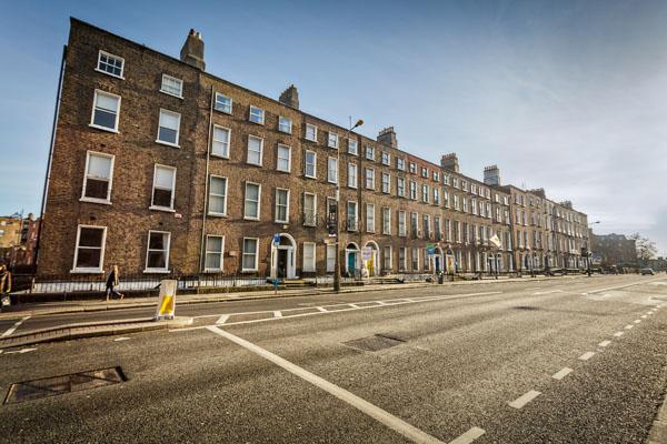 An empty leeson Street in Dublin