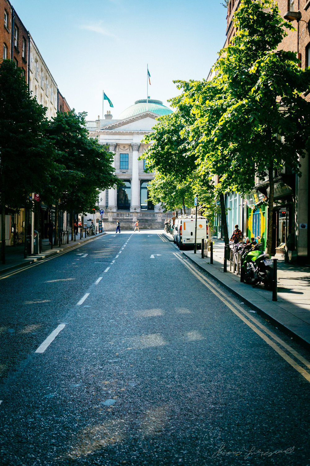 Streets-of-Dublin-Photo-2003.jpg